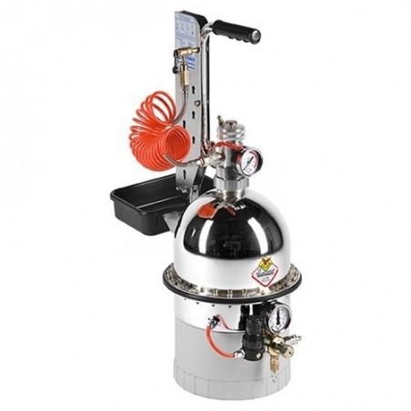Pneumatyczne urządzenie do wymiany płynu w układach hamulcowych i sprzęgłach hydraulicznych - RAASM